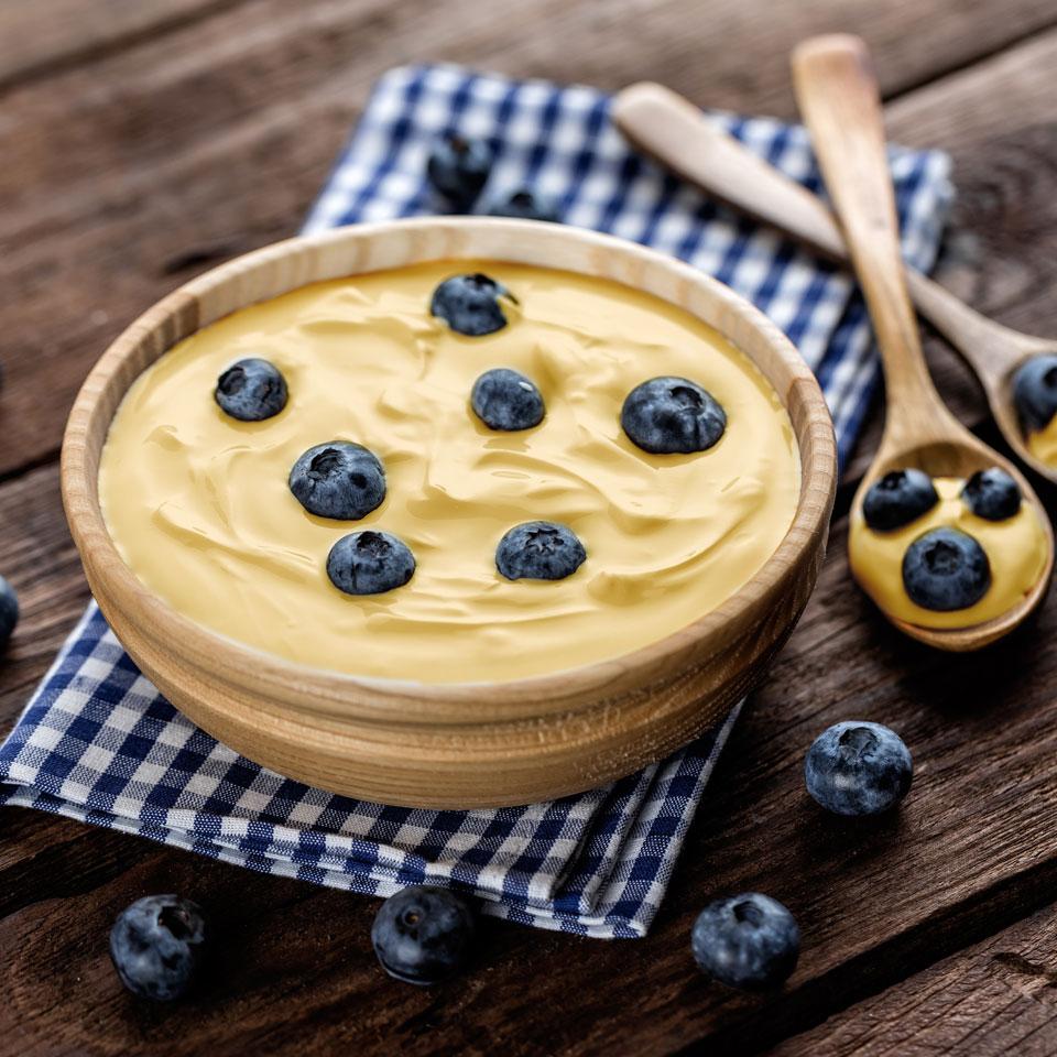 crema de vainilla con arandanos